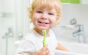 Tips for Teaching Preschoolers to Brush